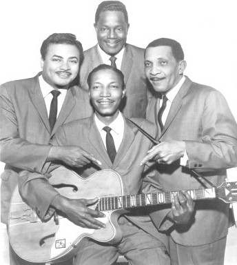 Photo Of The Four Tunes-1967